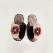 Домашние женские тапочки из мутона с цветком